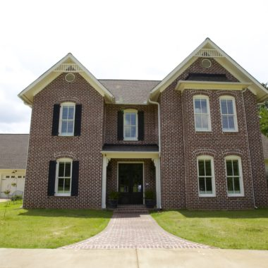 1135 Quinn Road, Collierville, TN